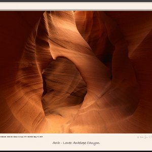 Arch - Lower Antelope Canyon